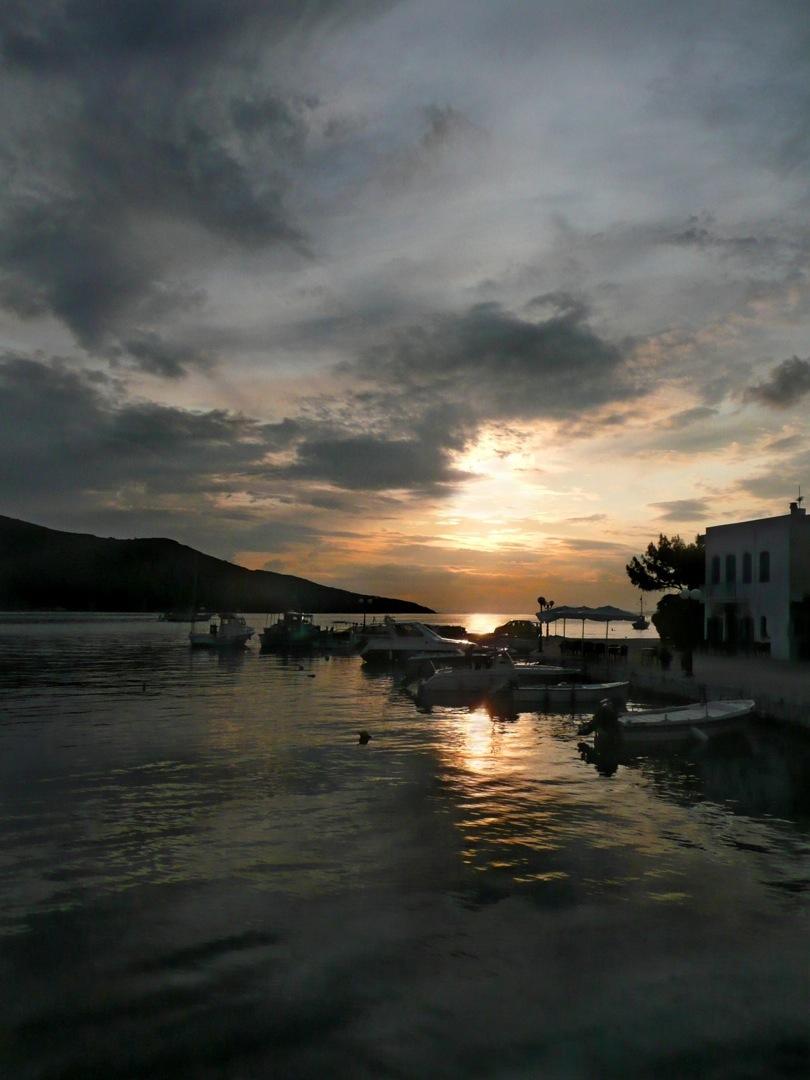 Amorgos-Harbor08-206-1080