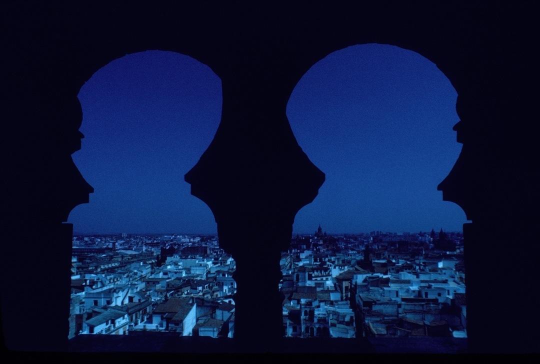 seville-night-1080