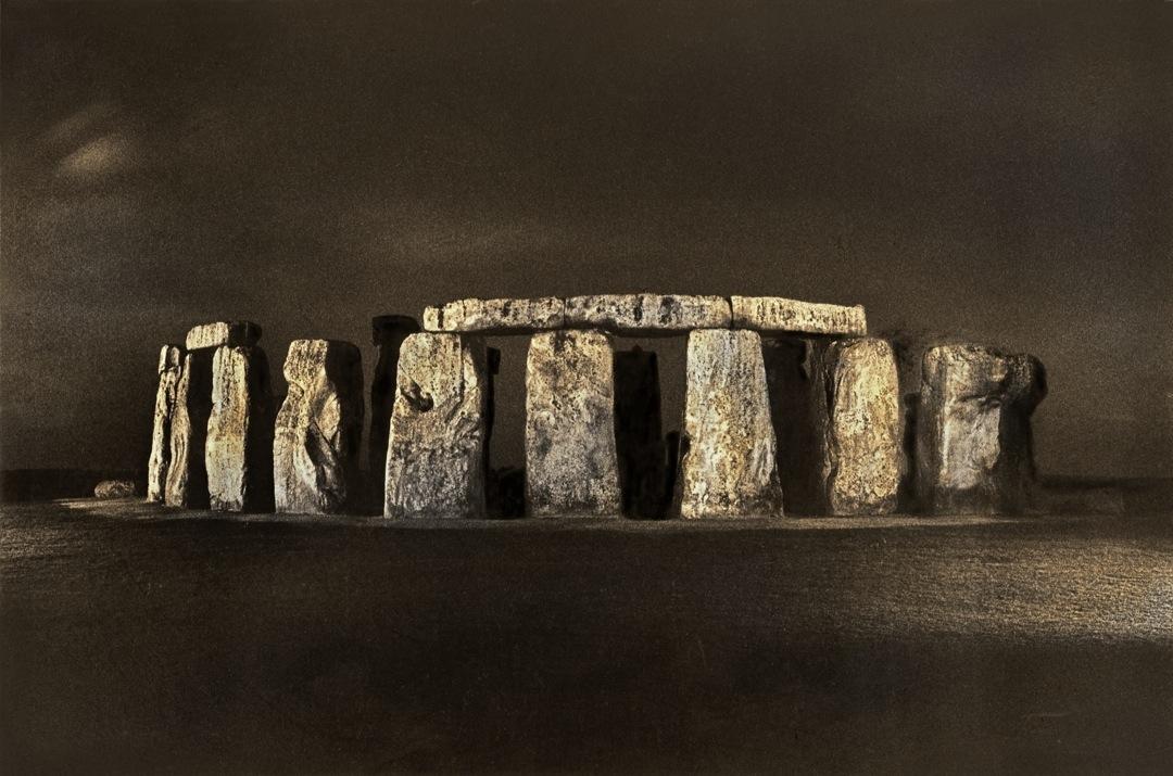 stonehenge-midnight-bronzetone-1080
